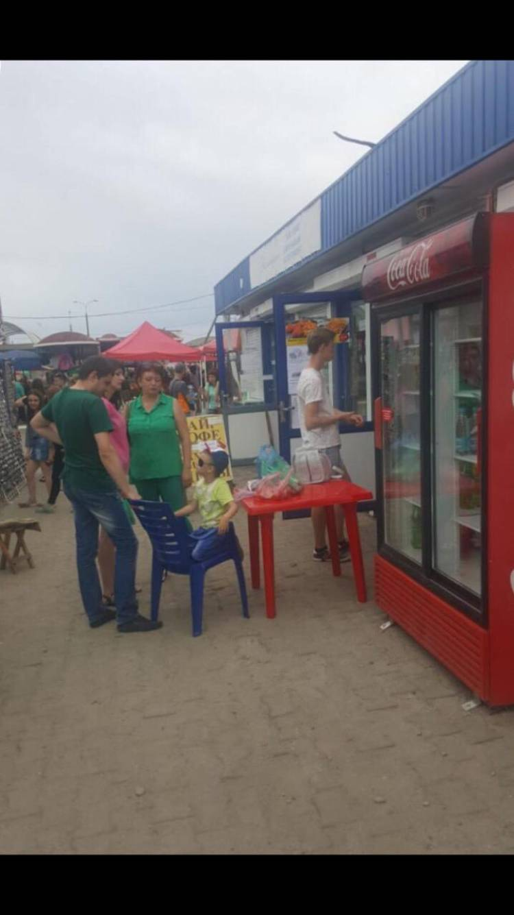 Beyaz Rusya Baranovichi Şehrinde Devren Kiralık veya Ortak Döner Büfesi